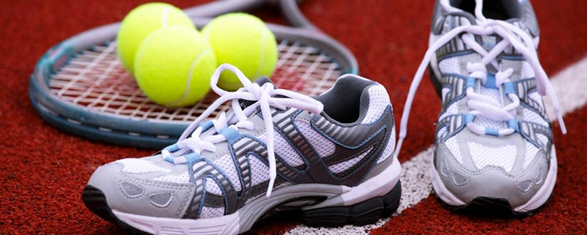 What to Wear: Tennis Shoes Vs Sneakers?